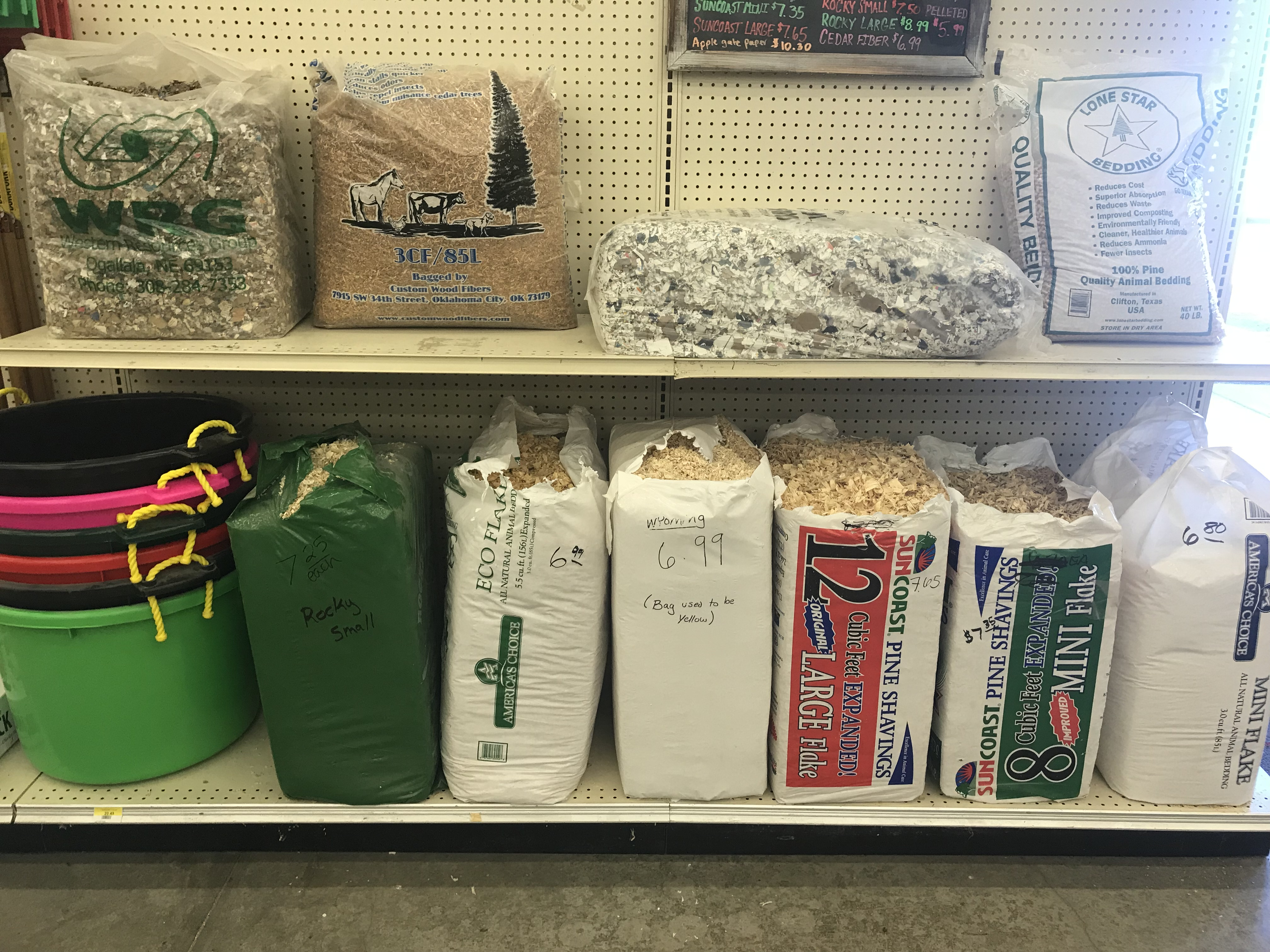 Bedding Materials for Pets and Livestock